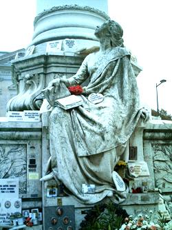 Sousa Statue